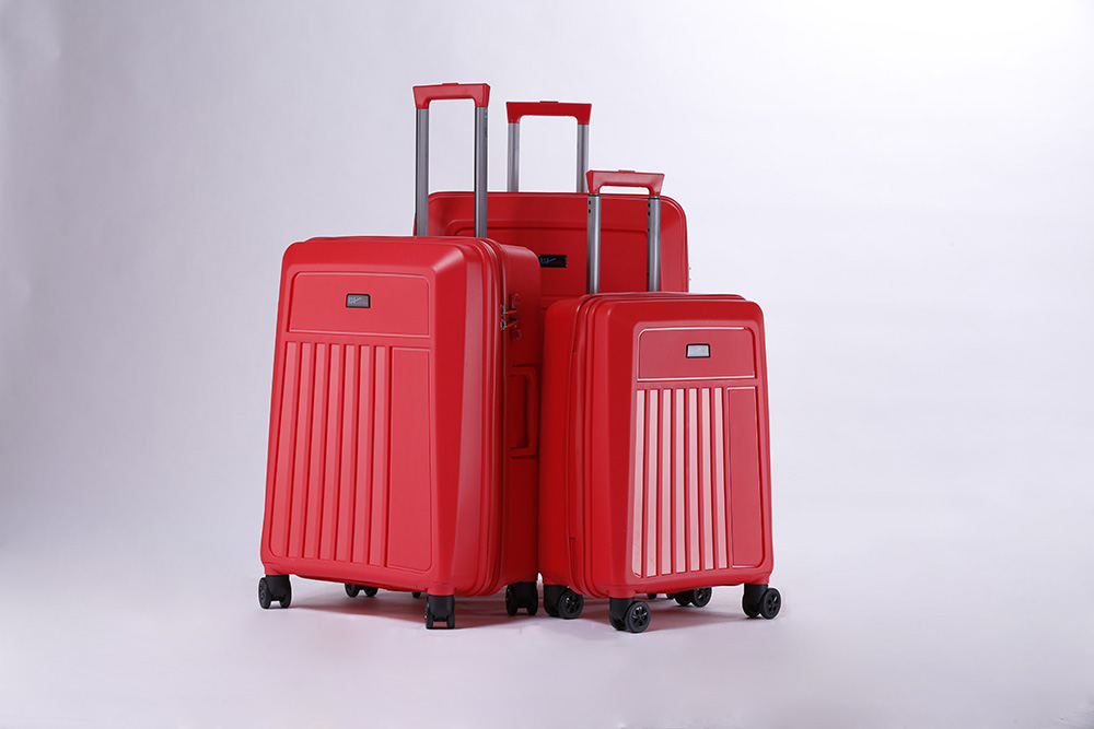 yanteng classic Customized PP luggage in blue color