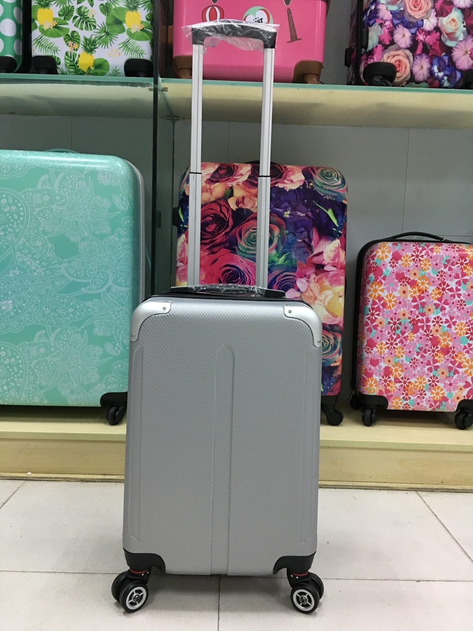 yanteng strong hand luggage with durable shells